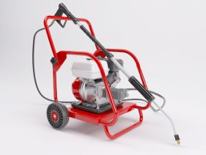 The 4 Best Gas Pressure Washer Under $500, $1000 Reviews 2020